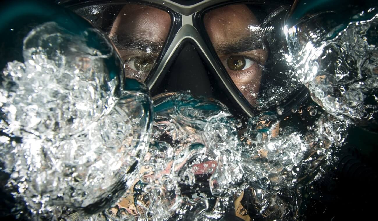 diver closeup eye mask