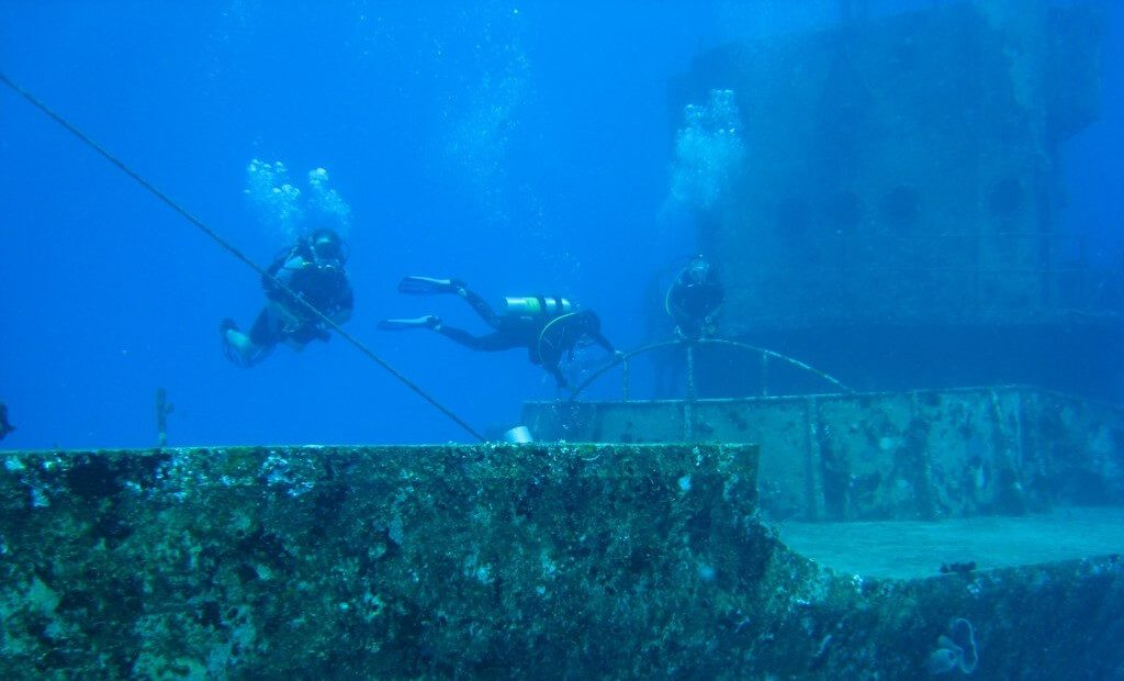 c53 wreck in cozumel, mexico