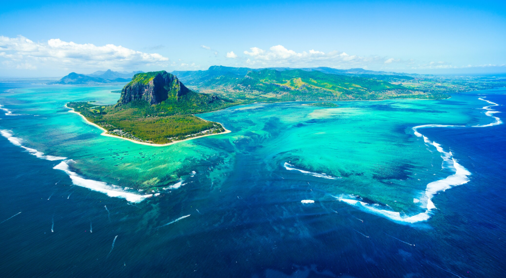 one of the best honeymoon destinations for scuba divers